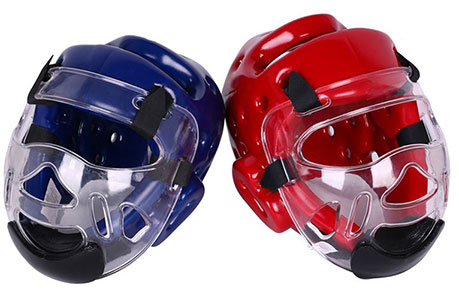 Sparring head guard with detachable mask